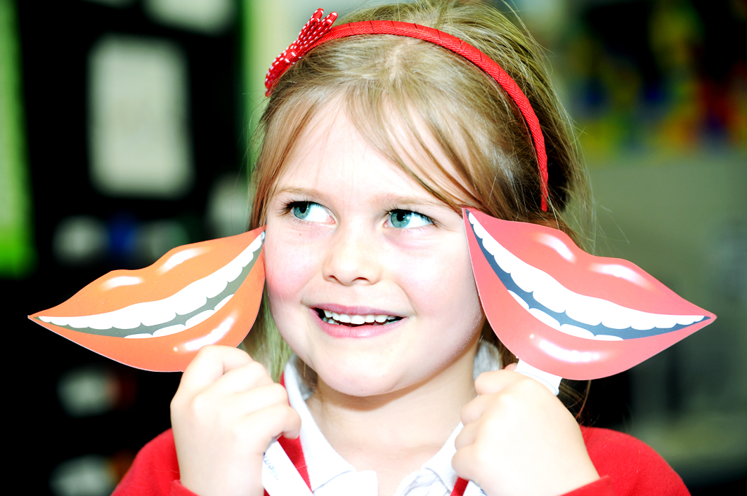 Burnley primary school children given lessons on oral health