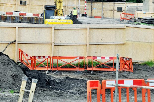 Workmen find human bones in Blackburn