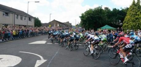 East Lancashire cycle fans cheer on Tour de France in Yorkshire