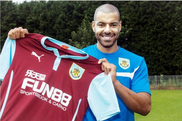 Reid shows off his Burnley shirt Picture: ANDY FORD
