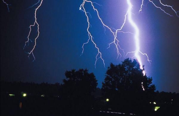 Thunderstorms and torrential rain to hit East Lancashire