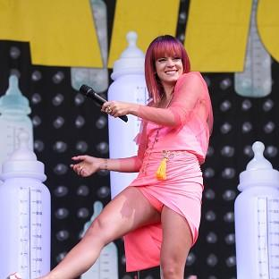 Lily Allen has stepped in to headline Latitu