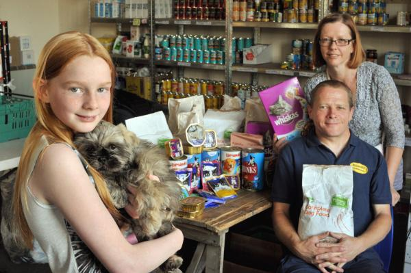 Now pets need foodbanks too