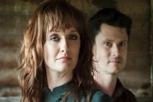 LIVE REVIEW: Kathryn Roberts and Sean Lakeman @Burnley Mechanics