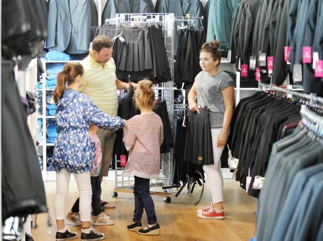 Independent shops versus supermarkets for parents purchasing