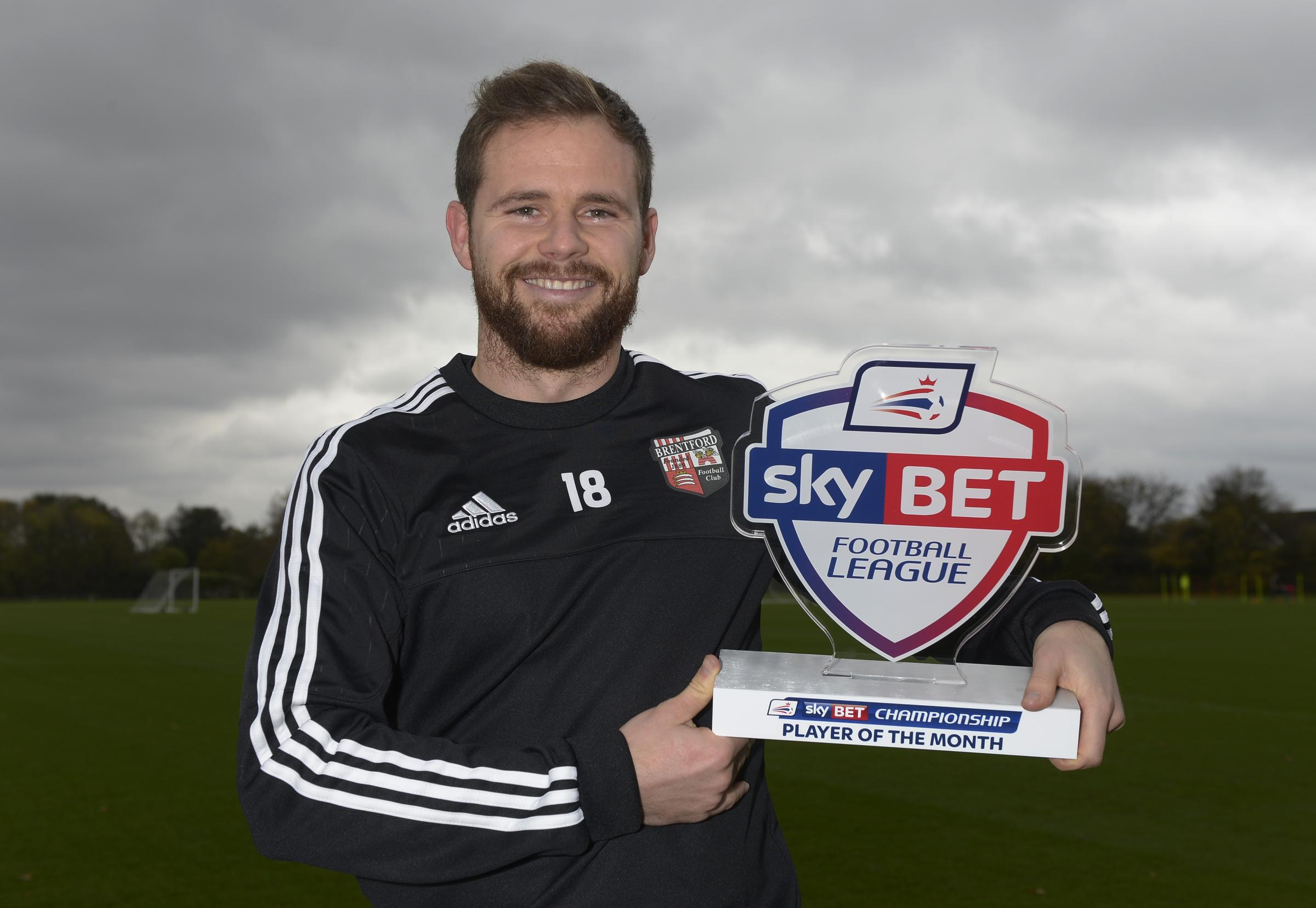 Alan Judge with his Championship player of the month prize for October