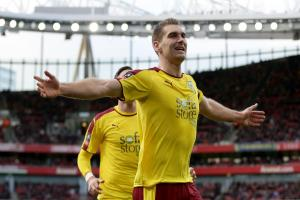 Sam Vokes hails 'brilliant' Ben Mee as central to Burnley's plans