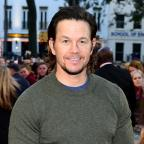 Lancashire Telegraph: Mark Wahlberg dresses down for Deepwater Horizon premiere