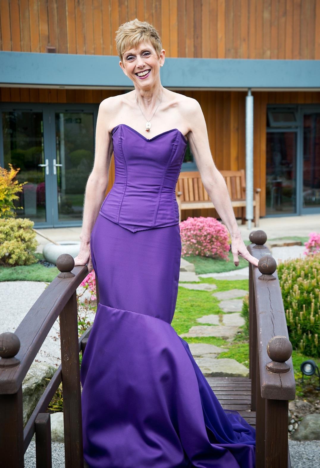 Excelente Vestidos De Novia Lancashire Ilustración - Vestido de ...
