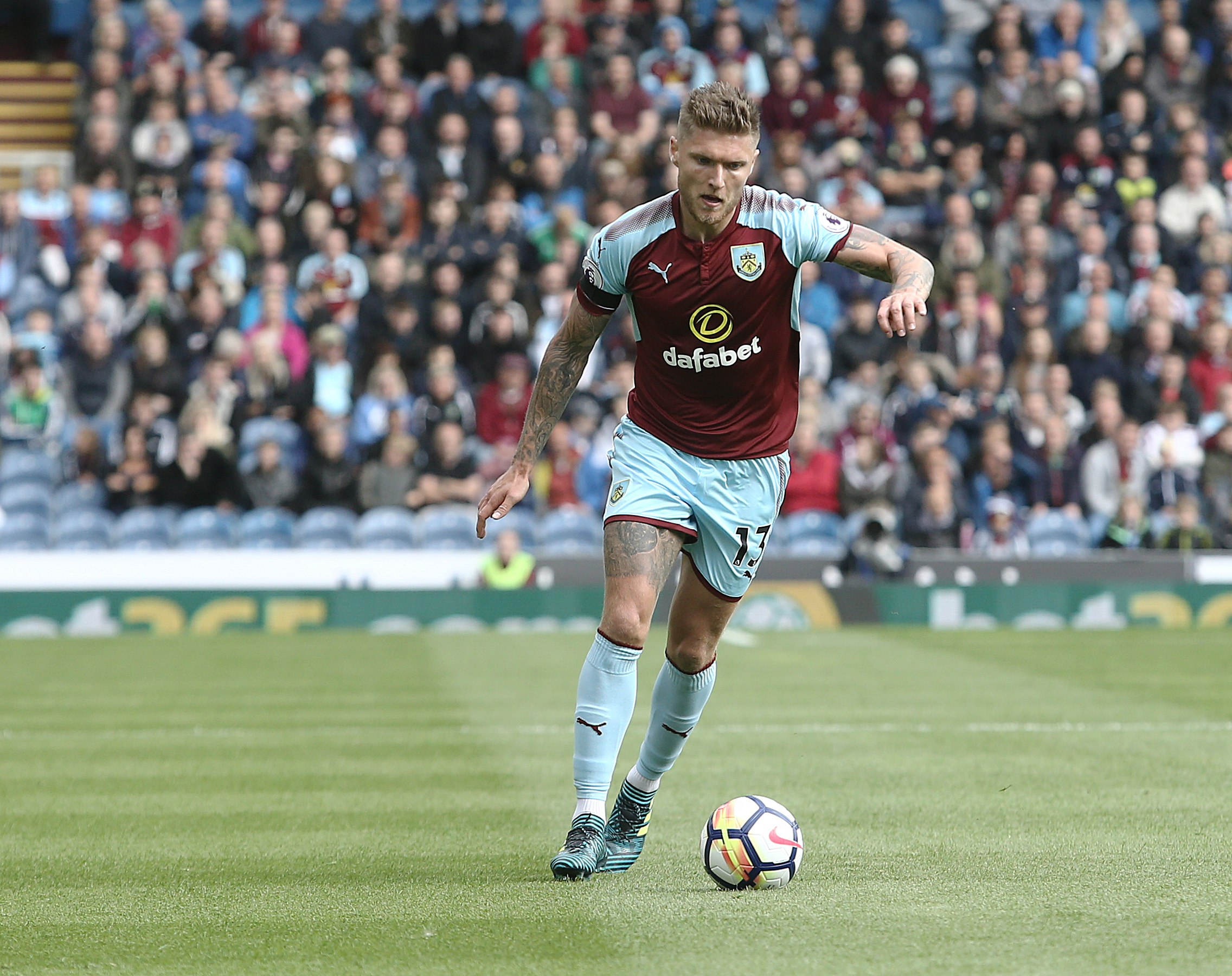 Jeff Hendrick could return for Burnley at Liverpool this weekend