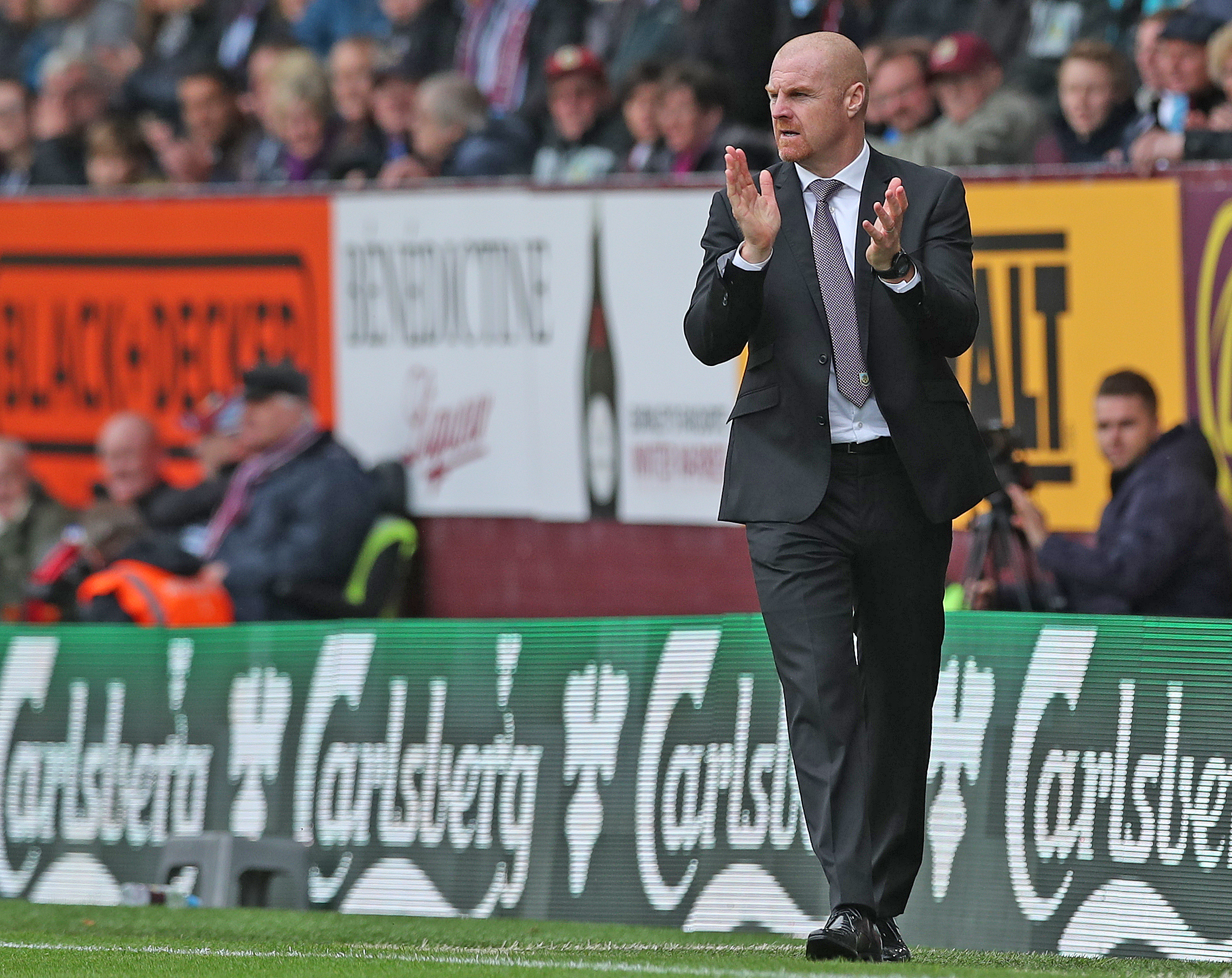 Sean Dyche hopes Burnley can capitalise on Everton's poor start to the season