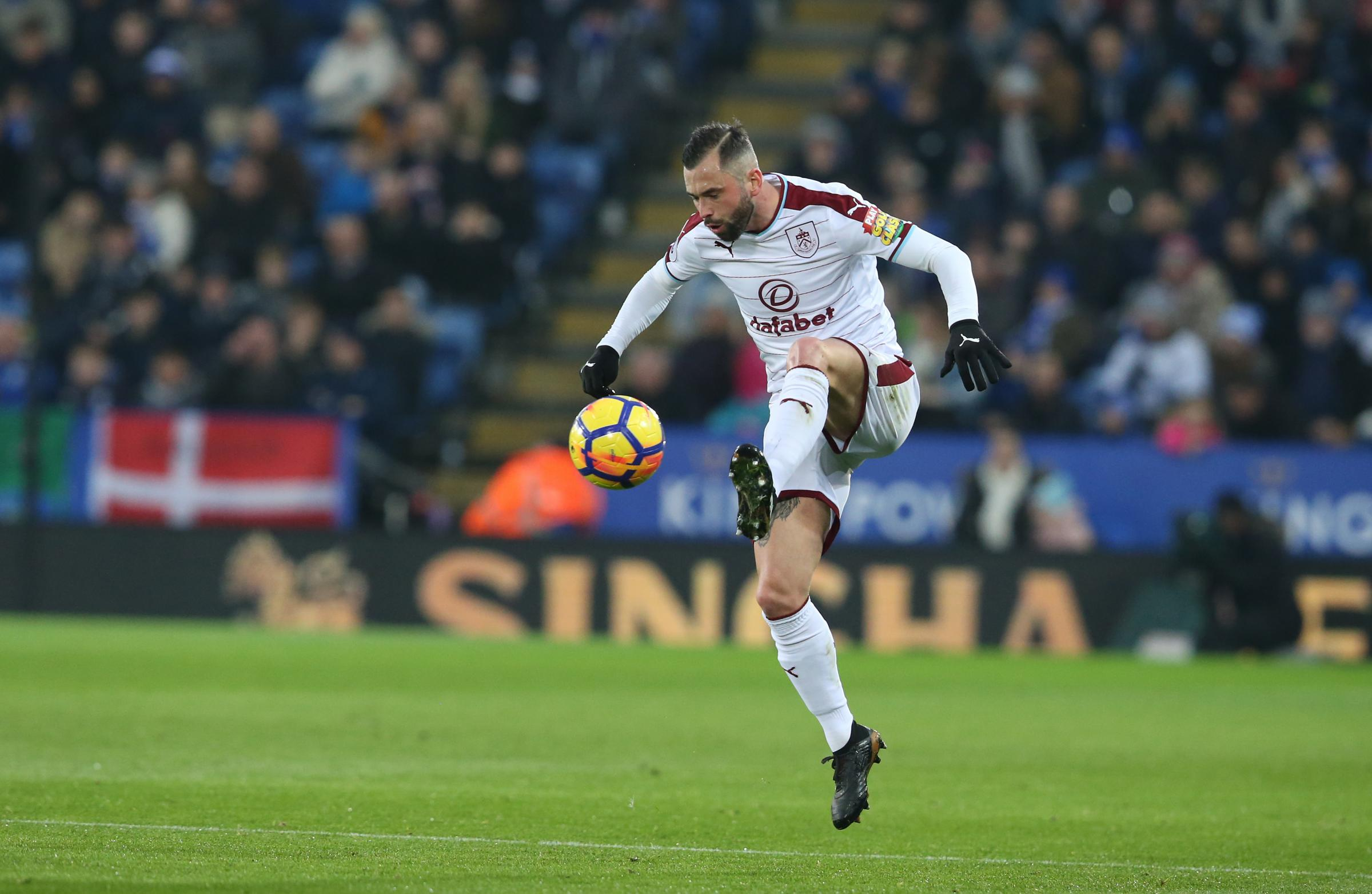 Steven Defour is looking forward to a battle with Tottenham's Belgian contingent on Saturday