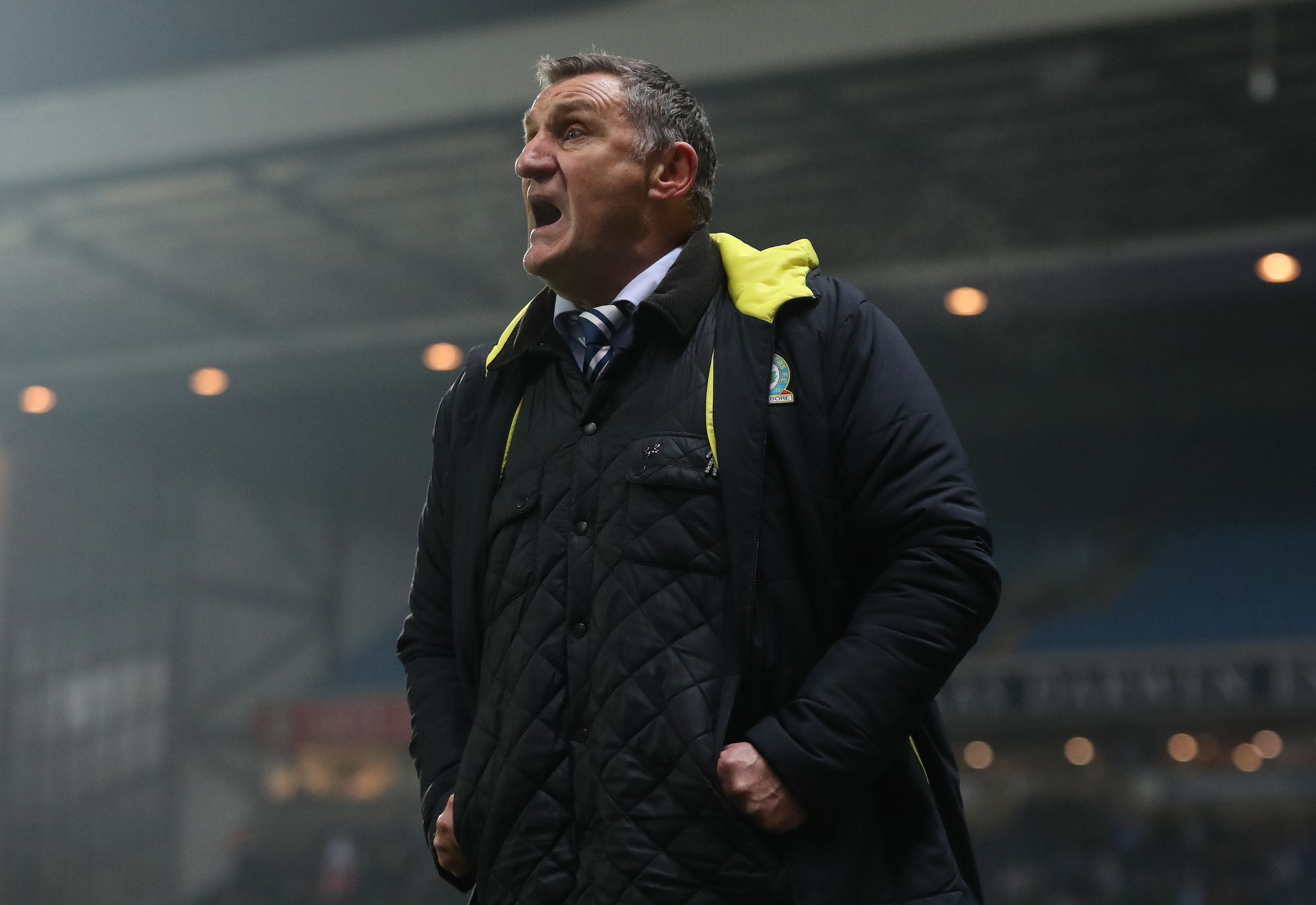 Tony Mowbray wants to see his side close the gap on second-placed Shrewsbury Town