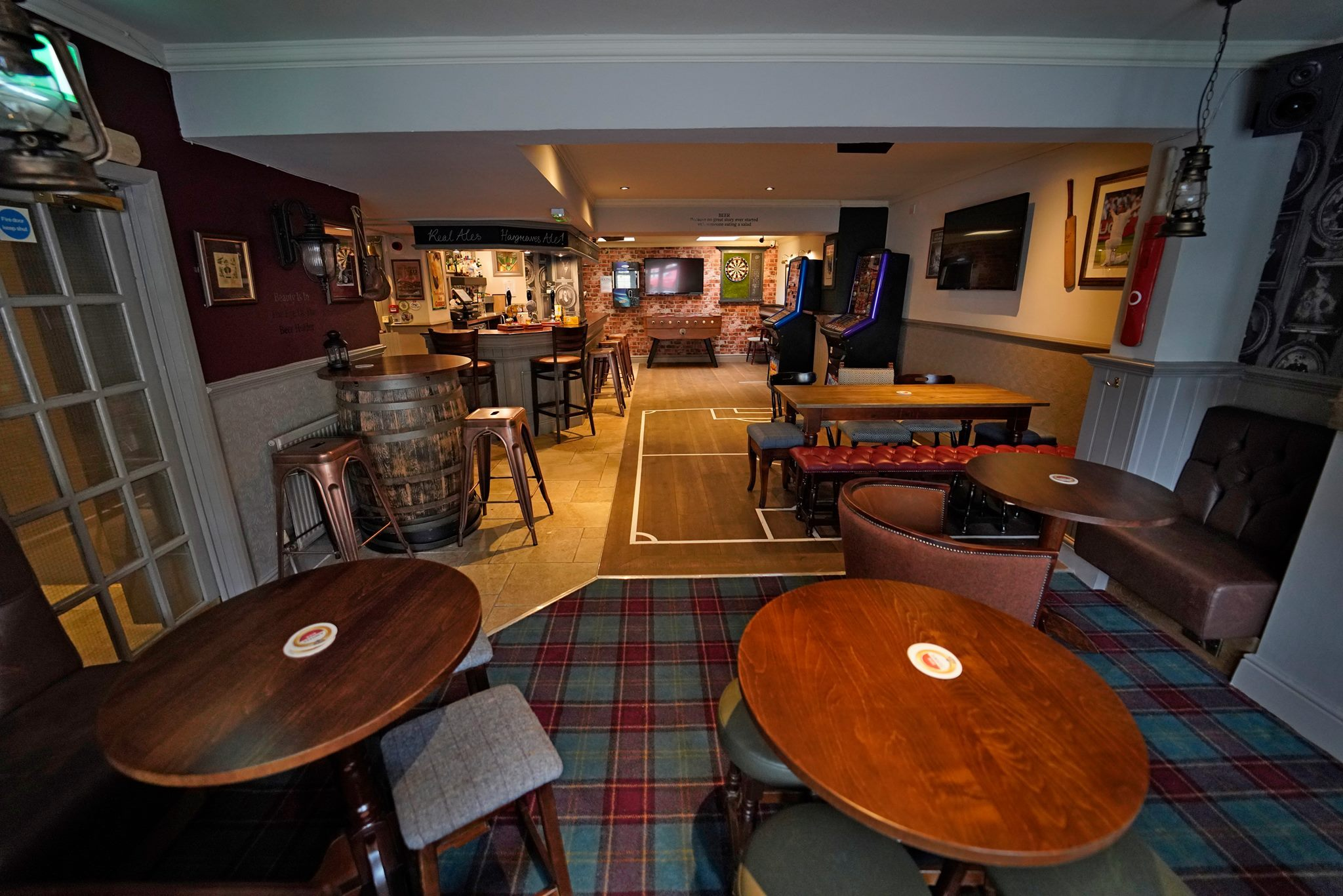 The Stanhill Pub and Kitchen in Oswaldtwistle reopened after more than £300,000 was spent renovating the premises.