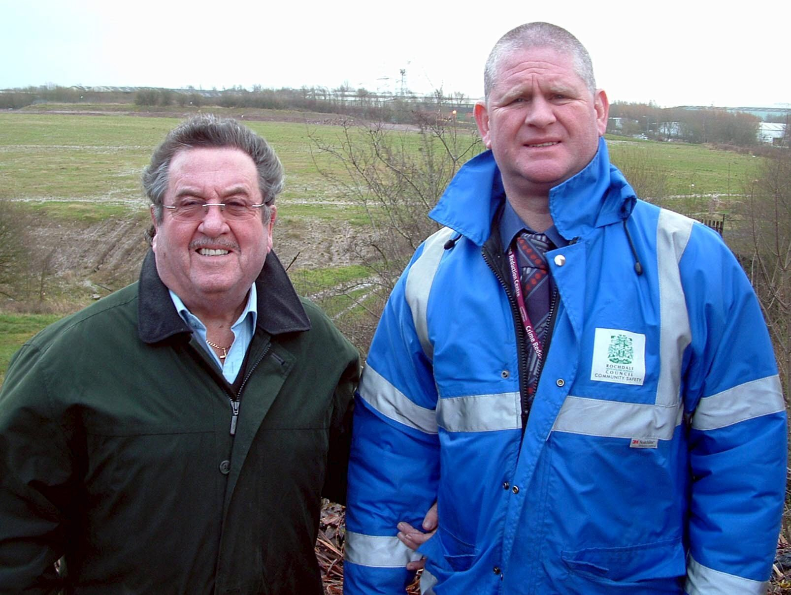 Rochdale CC chairman Mark Reynolds (right)
