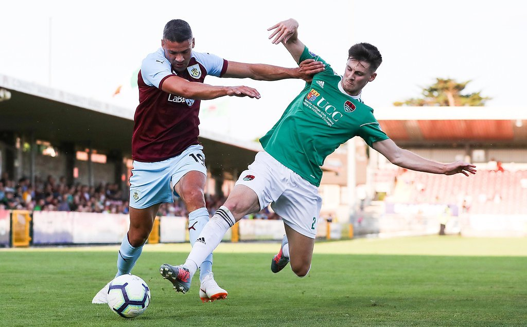 Jonathan Walters could leave Burnley on loan before Friday's 5pm deadline