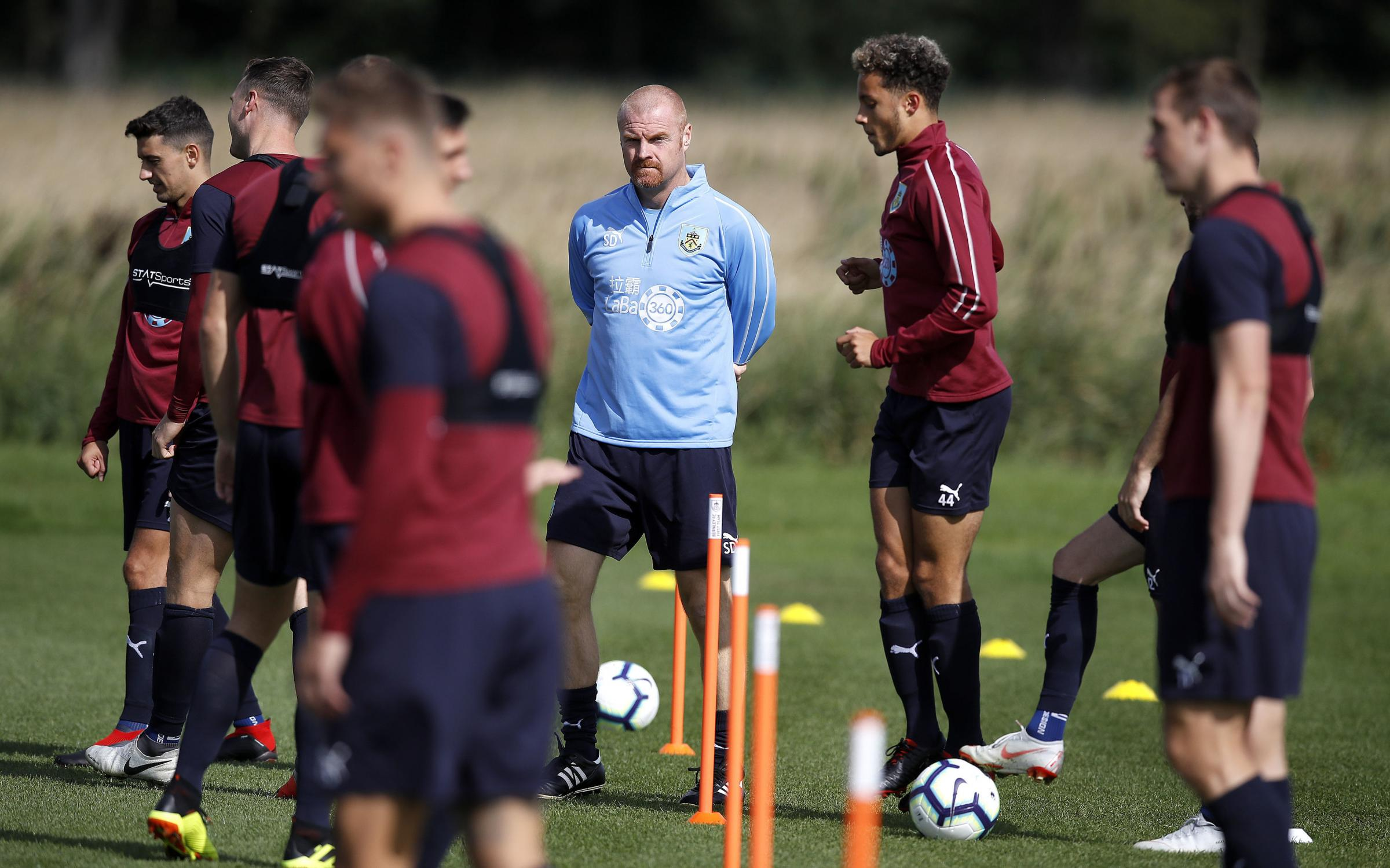 Sean Dyche oversees training at Barnfield ahead of the second leg with Olympiakos