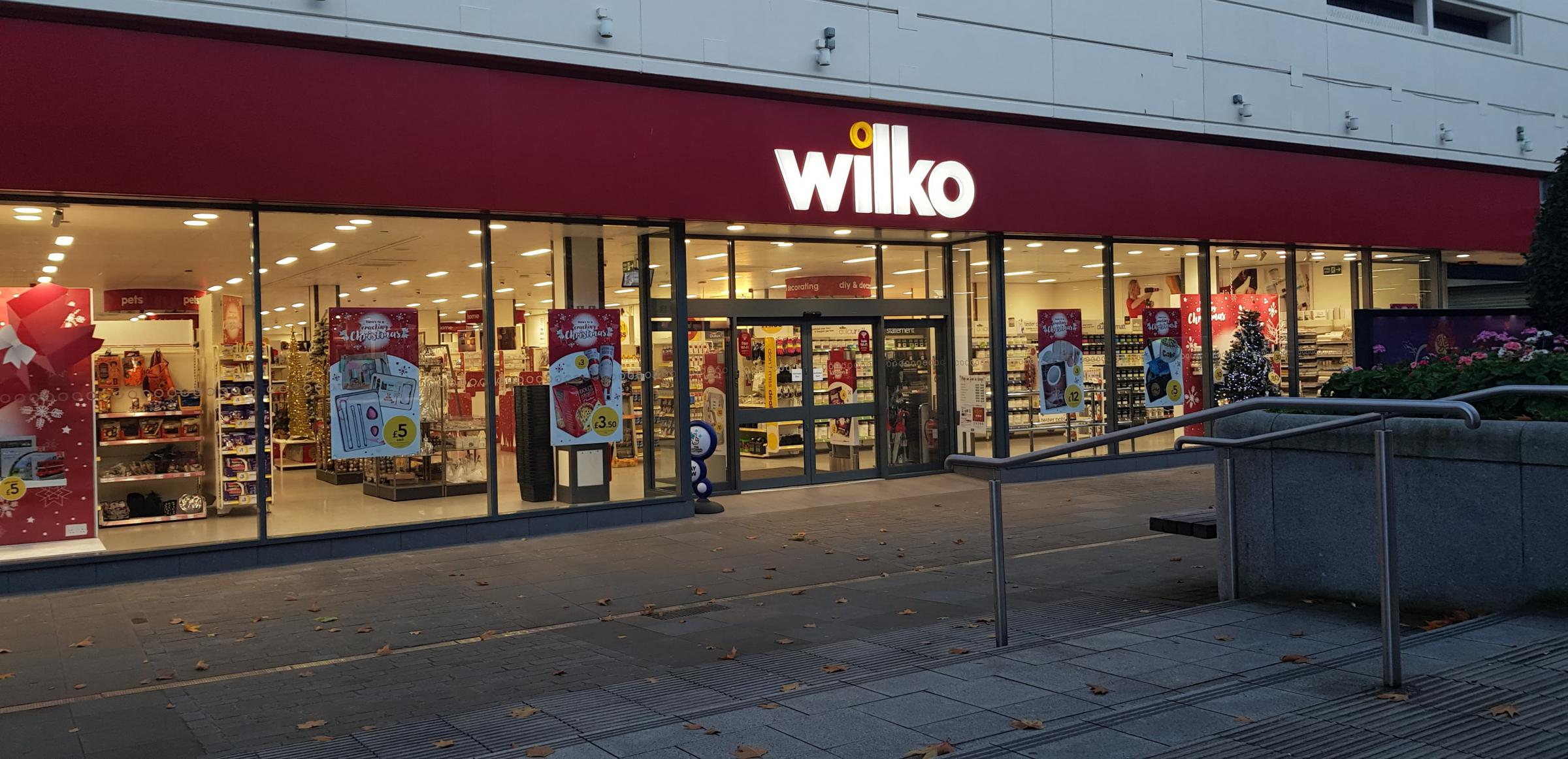 Officers were seen pouring water into the man's face outside Wilko in King William Street, Blackburn