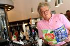 Tim Martin, boss of JD Wetherspoons, meeting with drinkers to discuss why Britain should leave EU.