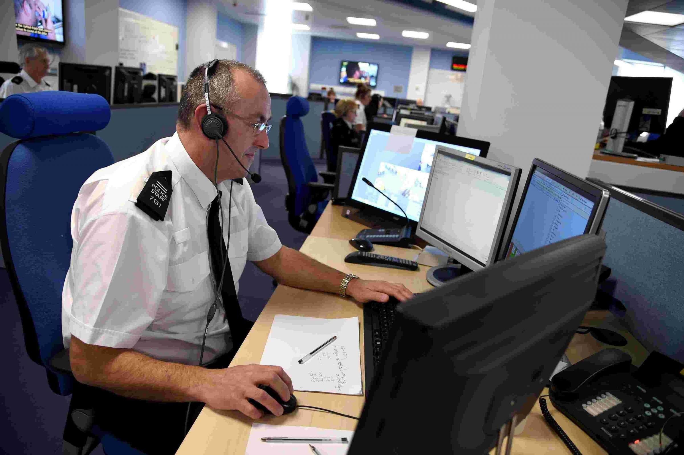 Almost 900,000 non-emergency calls to police have gone unanswered in the last five years