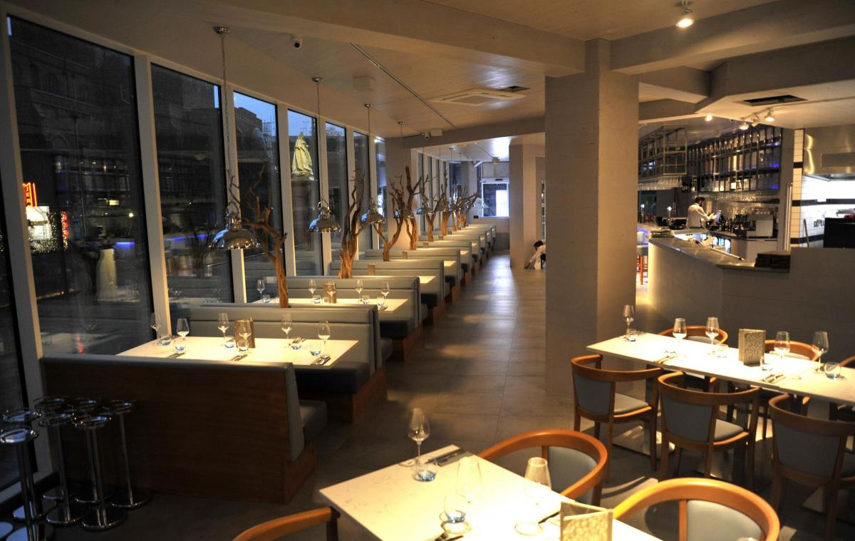 Review Our Mystery Diners Take On A Mano Italian